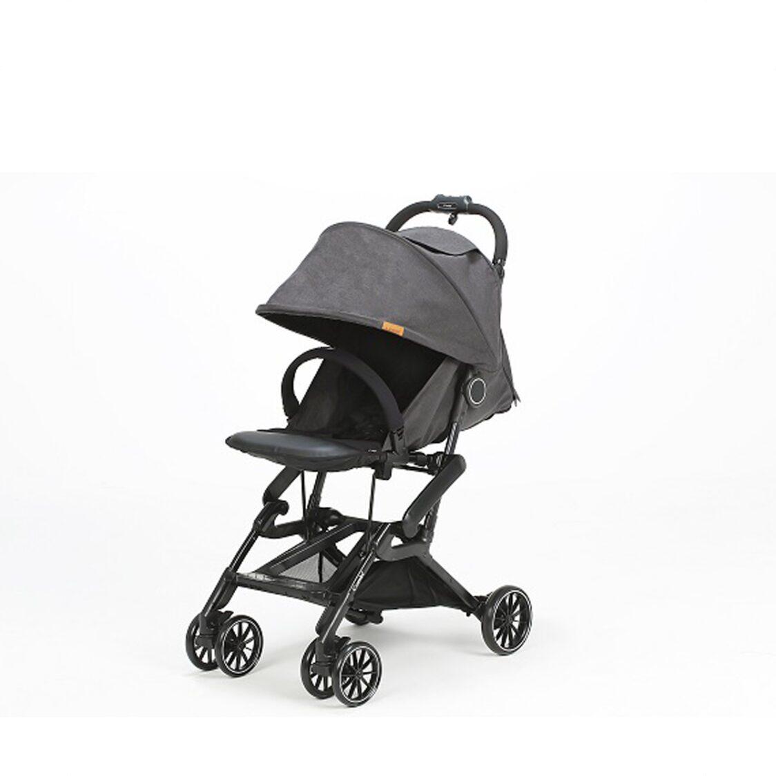 Combi CFS Charcoal Black Compact Folding Stroller 136 Months 6KG