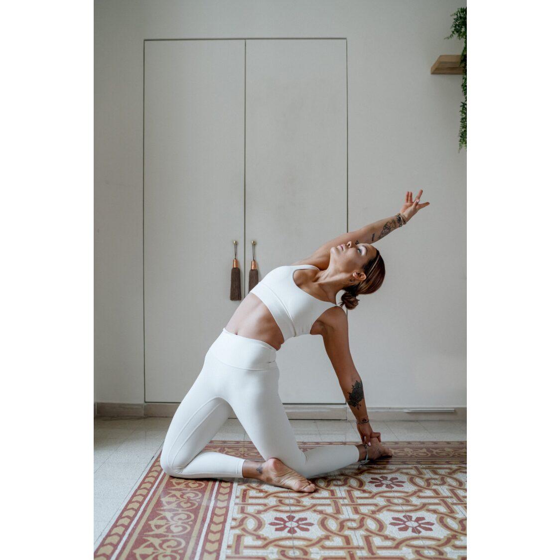YOF Athletica Move Active Yoga Set Ivory